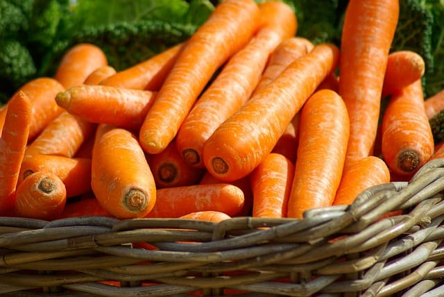 carrots can protect you from serious health complications
