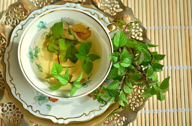 Peppermint is a well known natural stomach pain remedy